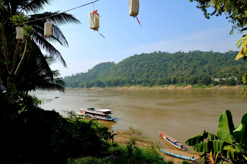 Lunching above the Mekong